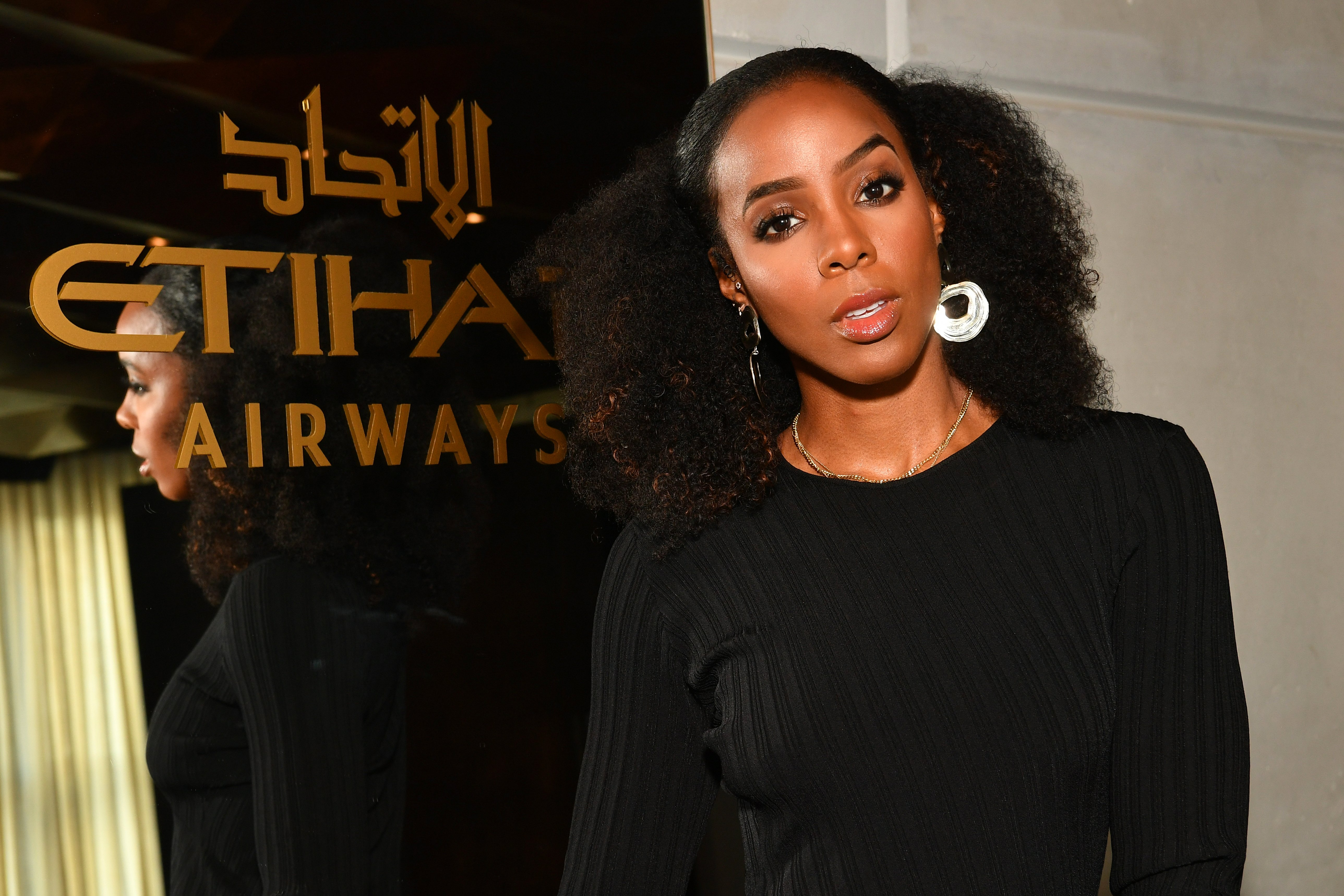 Kelly Rowland in the Etihad Airways VIP Lounge at NYFW at Spring Studios on February 14, 2018 in New York City.|Source: Getty Images