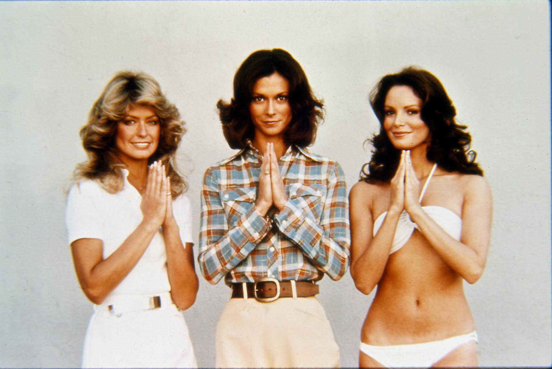 FARRAH FAWCETT FROM CHARLIES ANGELS,W// CHARLIE AND OTHER ANGELS PUBLICITY PHOTO