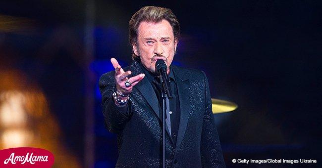 14 chanteurs ont honoré la mémoire de Johnny Hallyday en chantant ses chansons durant un concert dans le Loiret
