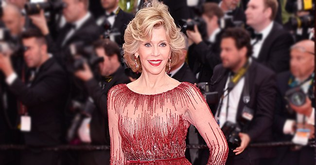 Jane Fonda from 'Grace & Frankie' Stunned in Recycled Red Gown at 2020 Oscars after Vow to Stop Shopping