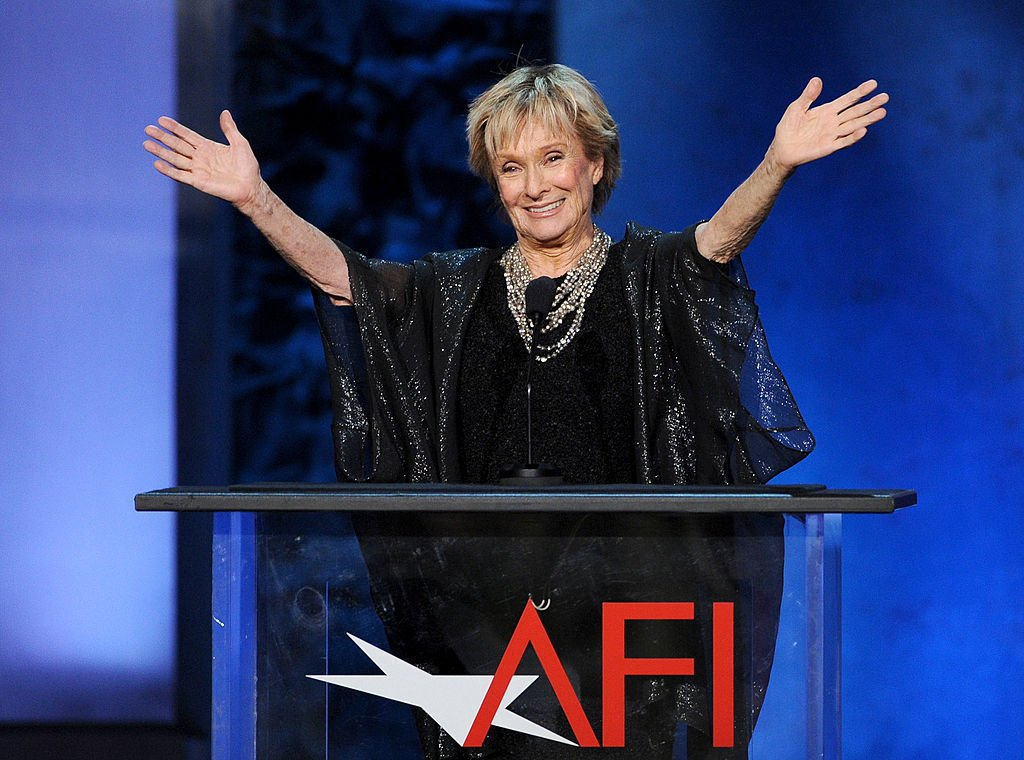 Cloris Leachman speaks onstage during the 41st AFI Life Achievement Award Honoring Mel Brooks at Dolby Theatre on June 6, 2013 in Hollywood, California | Photo: Getty Images