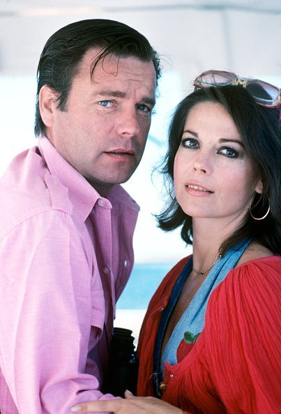 Natalie Wood and Robert Wagner on their yacht The Splendour | Photo: GettyImages