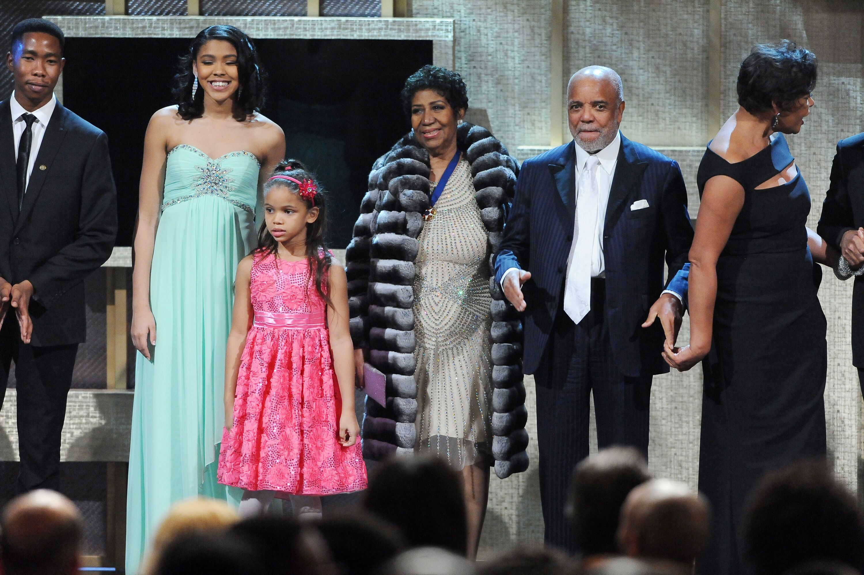 Aretha Franklin on-stage with her family | Source: Getty Images