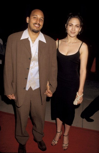 """Jennifer Lopez and boyfriend David Cruz attend the """"My Family"""" Hollywood Premiere on April 27, 1995 at Pacific's Cinerama Dome in Hollywood, California. 
