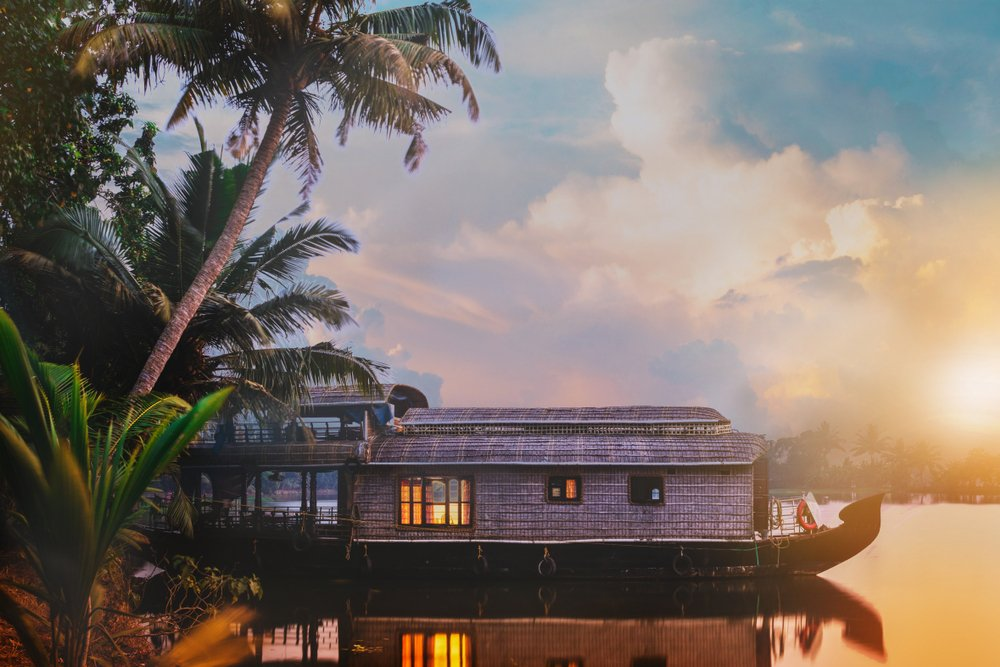 A photo of a boat house on a lake | Photo: Shutterstock