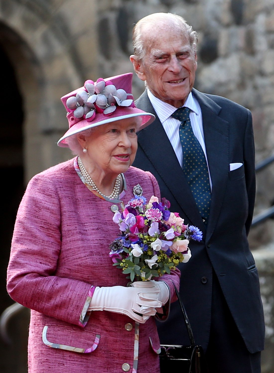 Queen Elizabeth II and the Duke of Edinburgh during a visit to Stirling Castle | Photo: Getty Images