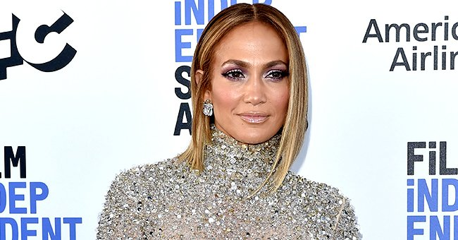 See Fan Reactions to Jennifer Lopez's New Pic Featuring Her Amazing Curves in a Black Leather Ensemble