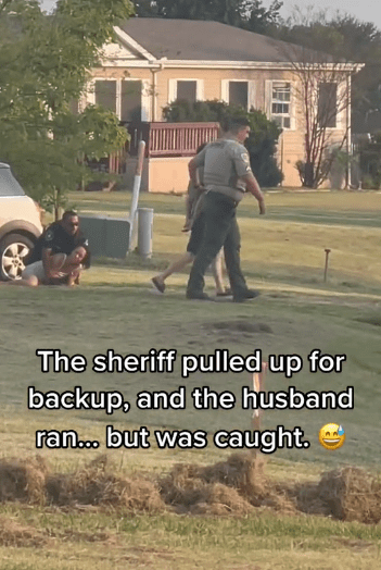 Husband and wife being arrested after the man tried to run away | Photo: Tiktok.com/jessikadykeee