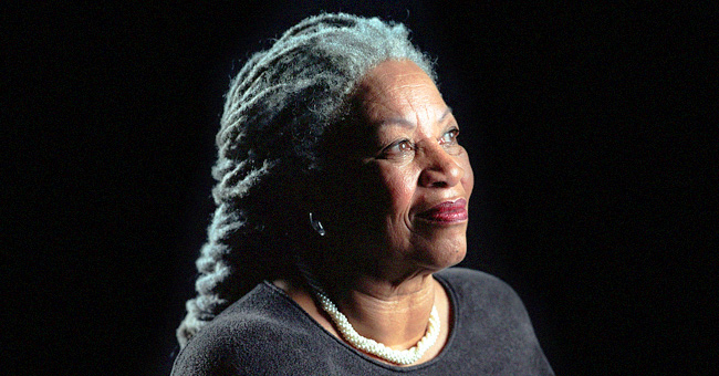 Toni Morrison, ganadora del Nobel que transformó la literatura estadounidense, muere a los 88 años