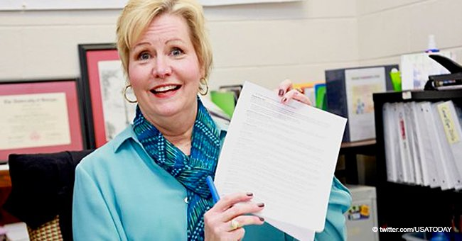 59-Year-Old Teacher from Atlanta Won $10,000 by Reading the Fine Print on Her Insurance Policy
