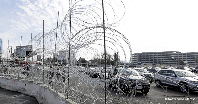 Mexicans Steal Border Concertina Wire Installed along Border Fence
