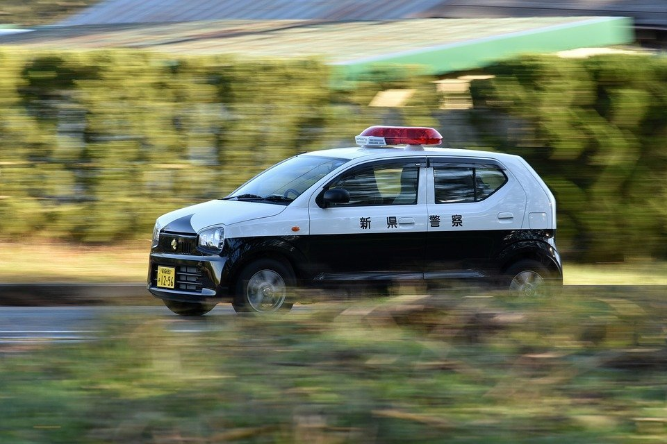 Une voiture de police : Photo / Pixabay