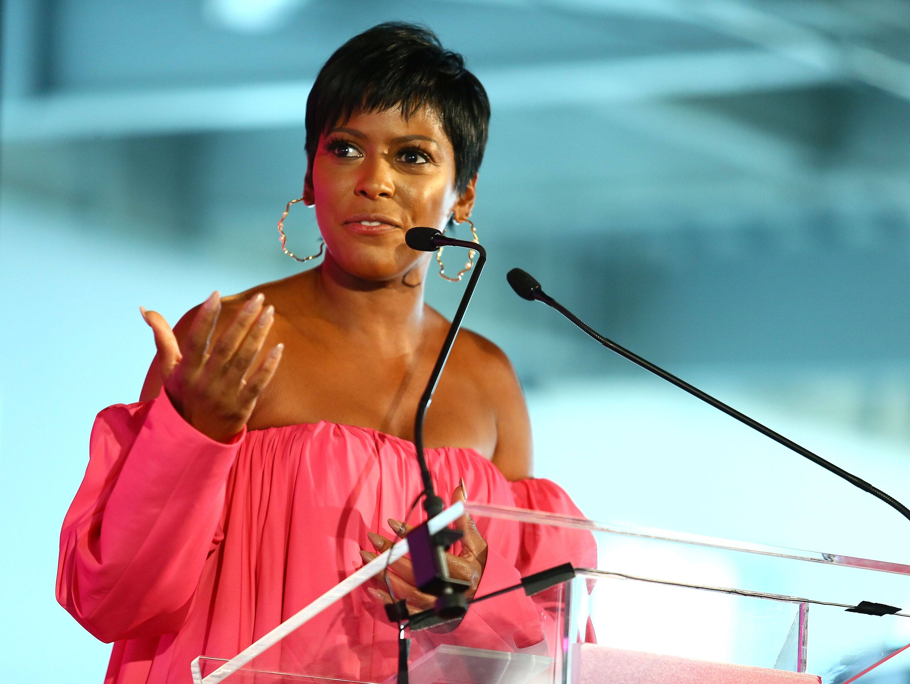 Tamron Hall speaking at a conference | Source: Getty Images/GlobalImagesUkraine