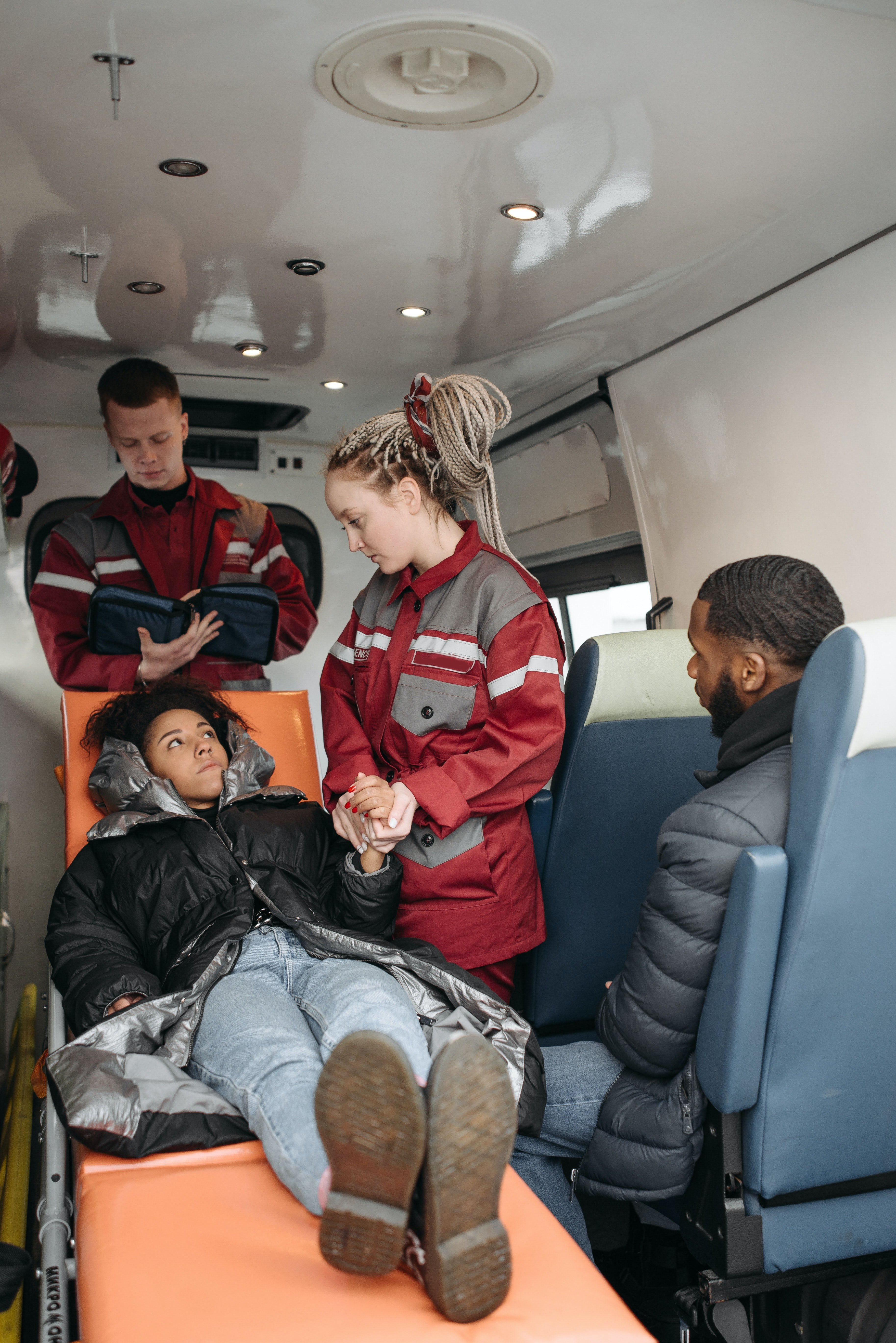 She was transported to the hospital in an ambulance | Source: Pexels