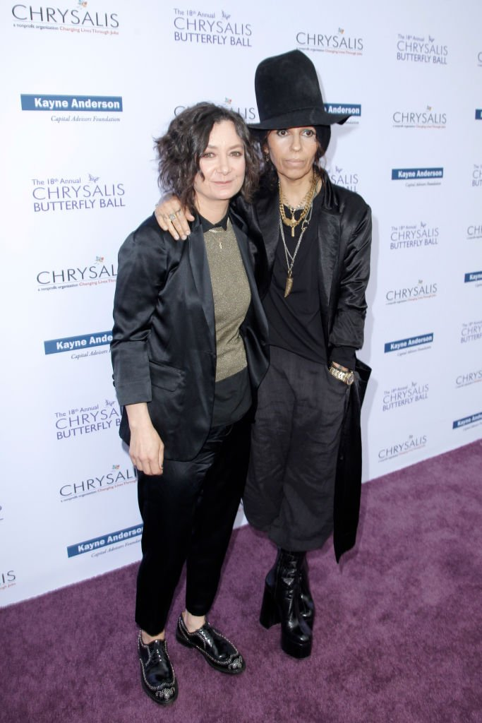 Sara Gilbert et Linda Perry. l Source : Getty Images