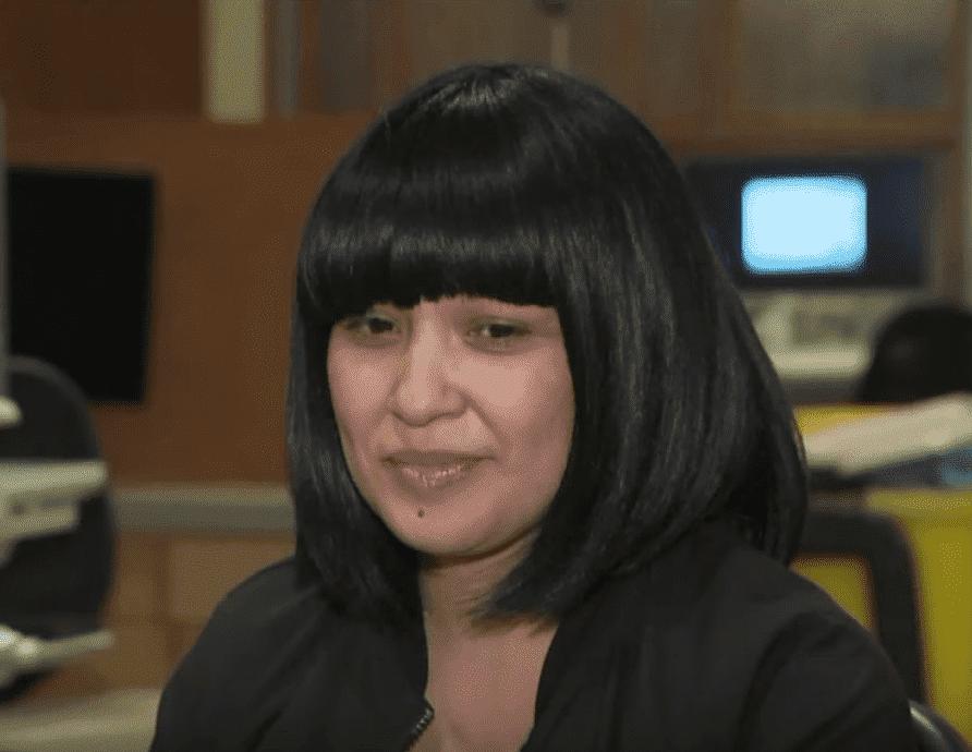 Jade Davis habla sobre ser madre con cáncer en una entrevista.   Foto: YouTube / KTLA5
