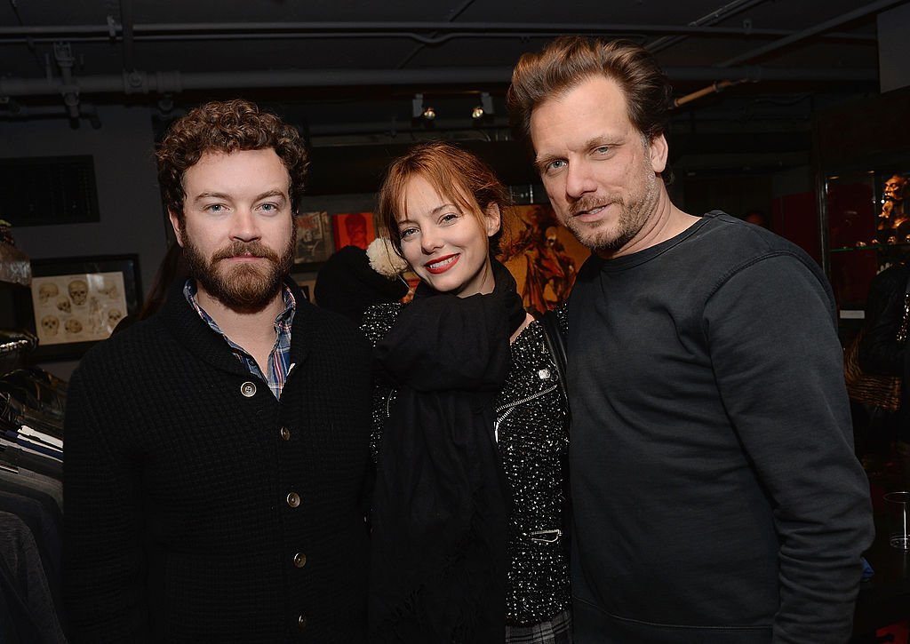 Danny Masterson, Bijou Phillips and Kelly Cole on December 5, 2013 in Los Angeles, California | Photo: Getty Images