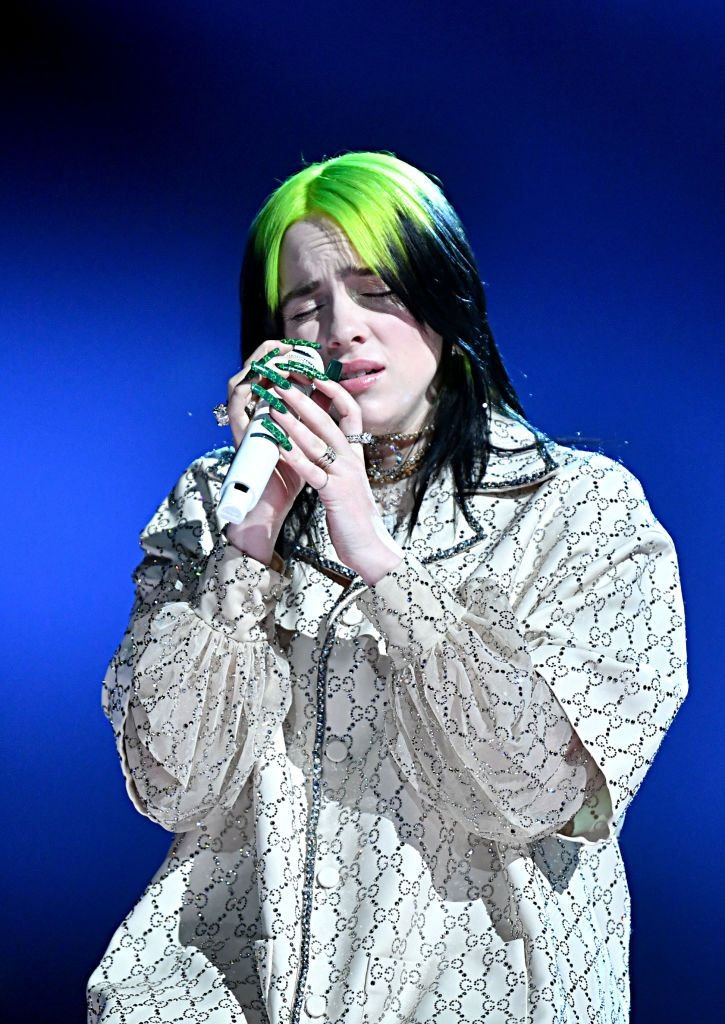 Billie Eilish onstage at the 62nd Annual GRAMMY Awards at STAPLES Center on January 26, 2020 | Photo: Getty Images