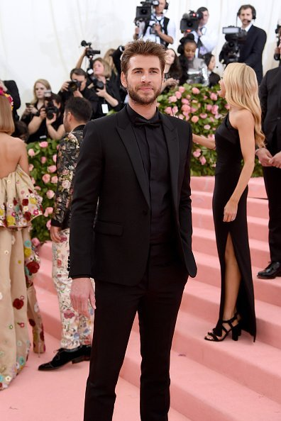 Liam Hemsworth attends The 2019 Met Gala Celebrating Camp: Notes on Fashion at Metropolitan Museum of Art | Photo: Getty Images