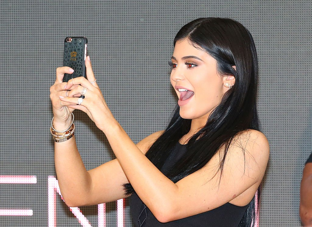 Kylie Jenner at the launch of Kendall+Kylie at Forever New at Chadstone Shopping Centre in Australia, November 2015 | Source: Getty Images