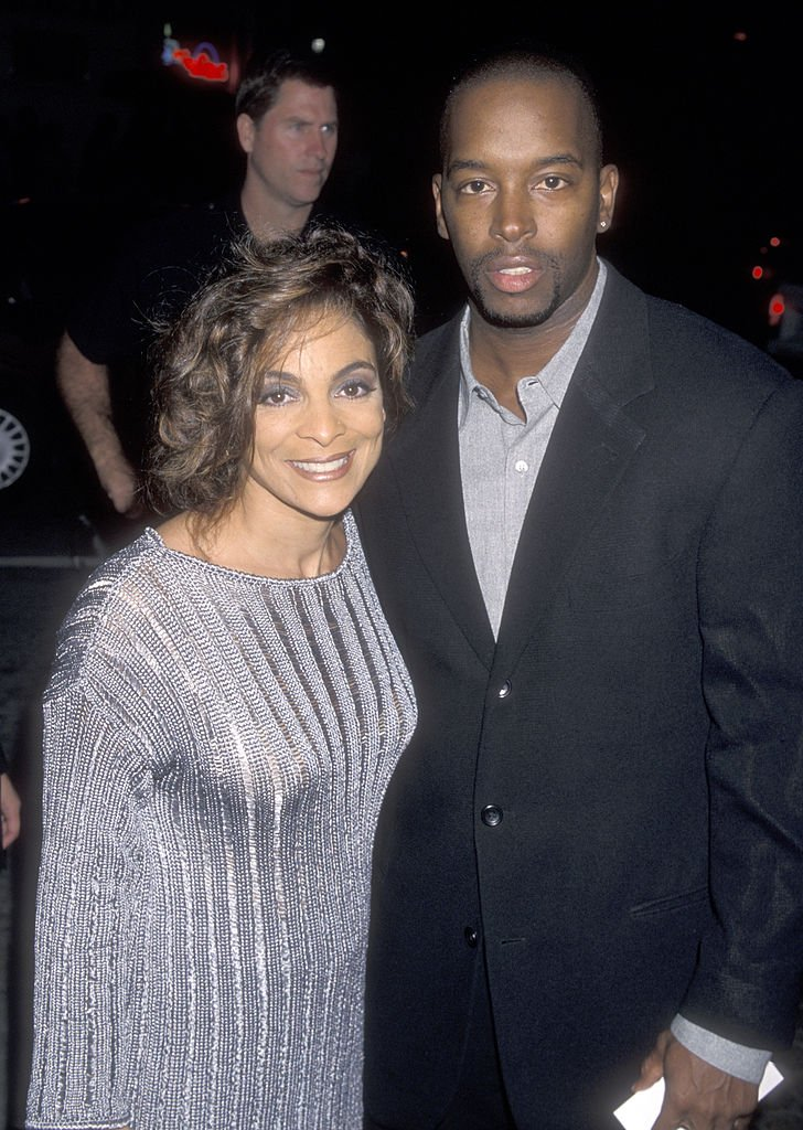 Jasmine Guy and husband Terrence Duckette attend the Beloved Westwood Premiere on October 12, 1998 | Photo: Getty Images