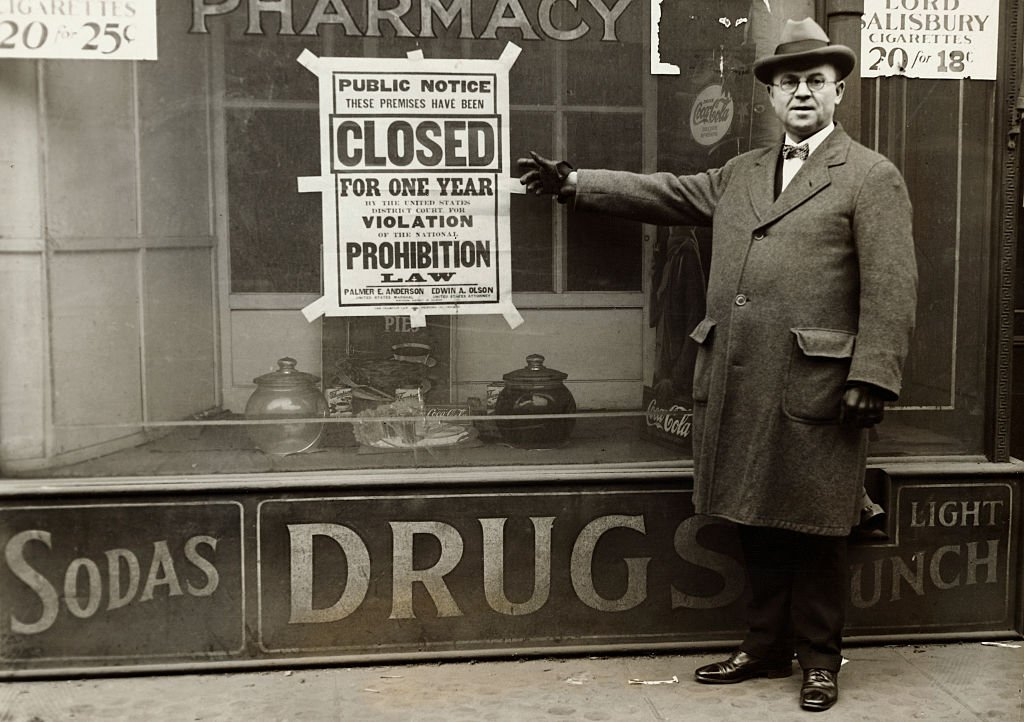Man points to Prohibition sign, circa 1930s   Source: Getty Images