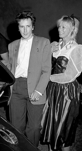 Johnny Rotten and Nora Forster on May 10, 1984 at Le Dome Restaurant in Hollywood, California. | Photo: Getty Images