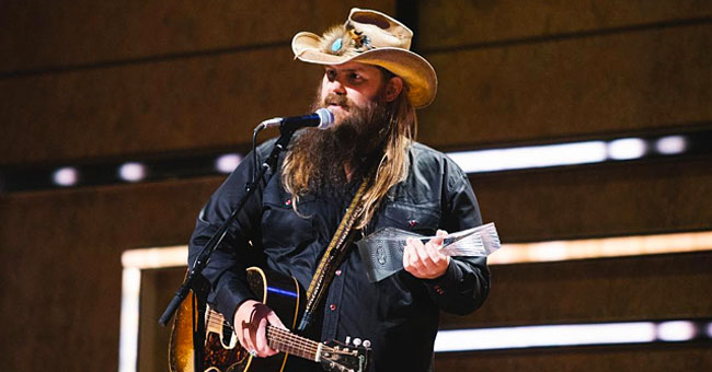 Chris Stapleton Looks Unrecognizable without His Iconic Thick Beard