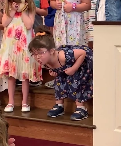 Lily at the Lebanon Presbyterian Church in Ohio | Photo: Facebook/Fox 35 WOFL