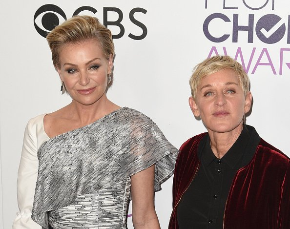 Ellen DeGeneres, Portia de Rossi poses at the People's Choice Awards 2017 at Microsoft Theater on January 18, 2017 in Los Angeles, California | Photo: Getty Images