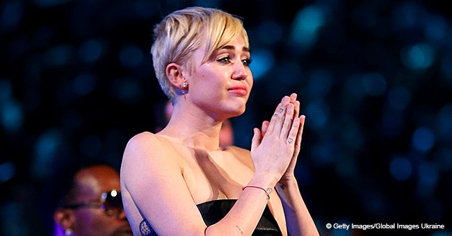 Miley Cyrus Breaks down in Tears during Memorial Service for 'Voice' Contestant Janice Freeman