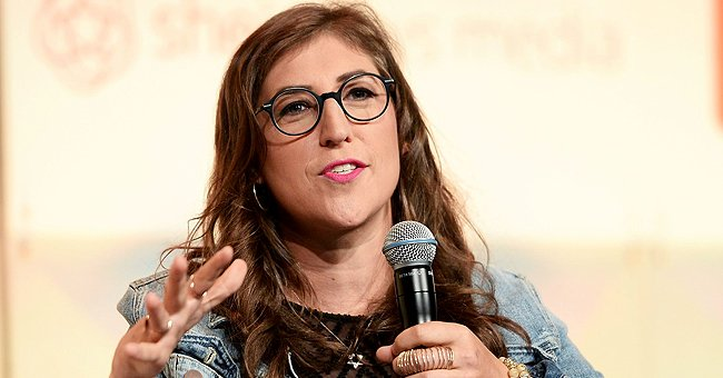 Mayim Bialik during the #BlogHer16 Experts Among Us Conference at JW Marriott Los Angeles on August 5, 2016, in California | Photo: Matt Winkelmeyer/Getty Images