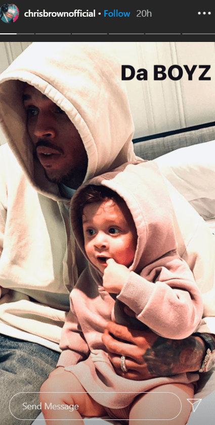A candid photo of Chris Brown and his son Aeko Catori. | Source: Instagram/chrisbrownofficial