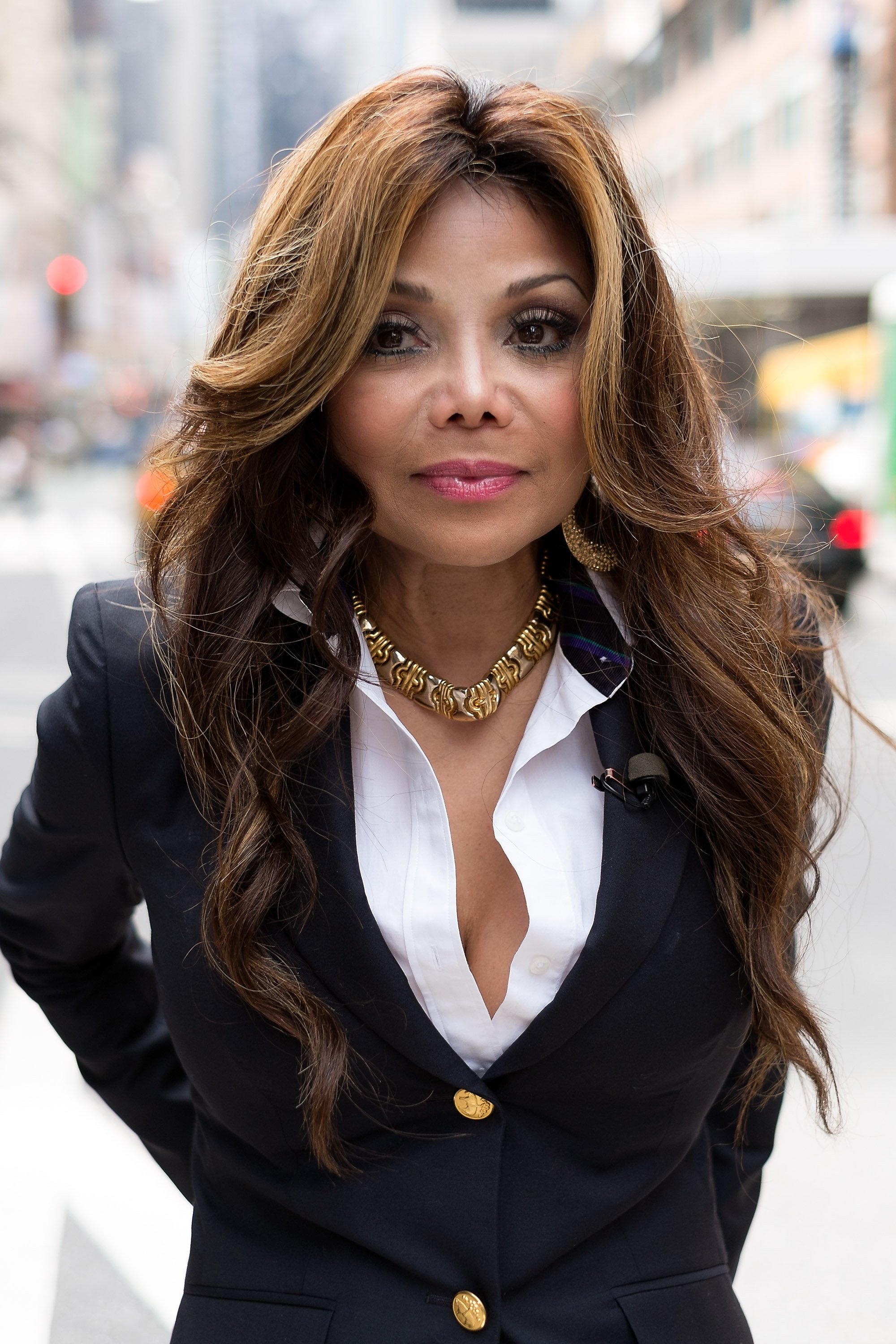 """La Toya Jackson visits """"Extra"""" in Times Square on September 3, 2013. 
