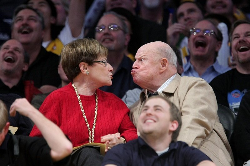 Don Rickles and wife Barbara Rickles at the Staples Center on January 19, 2009 in Los Angeles, California | Photo: Getty Images