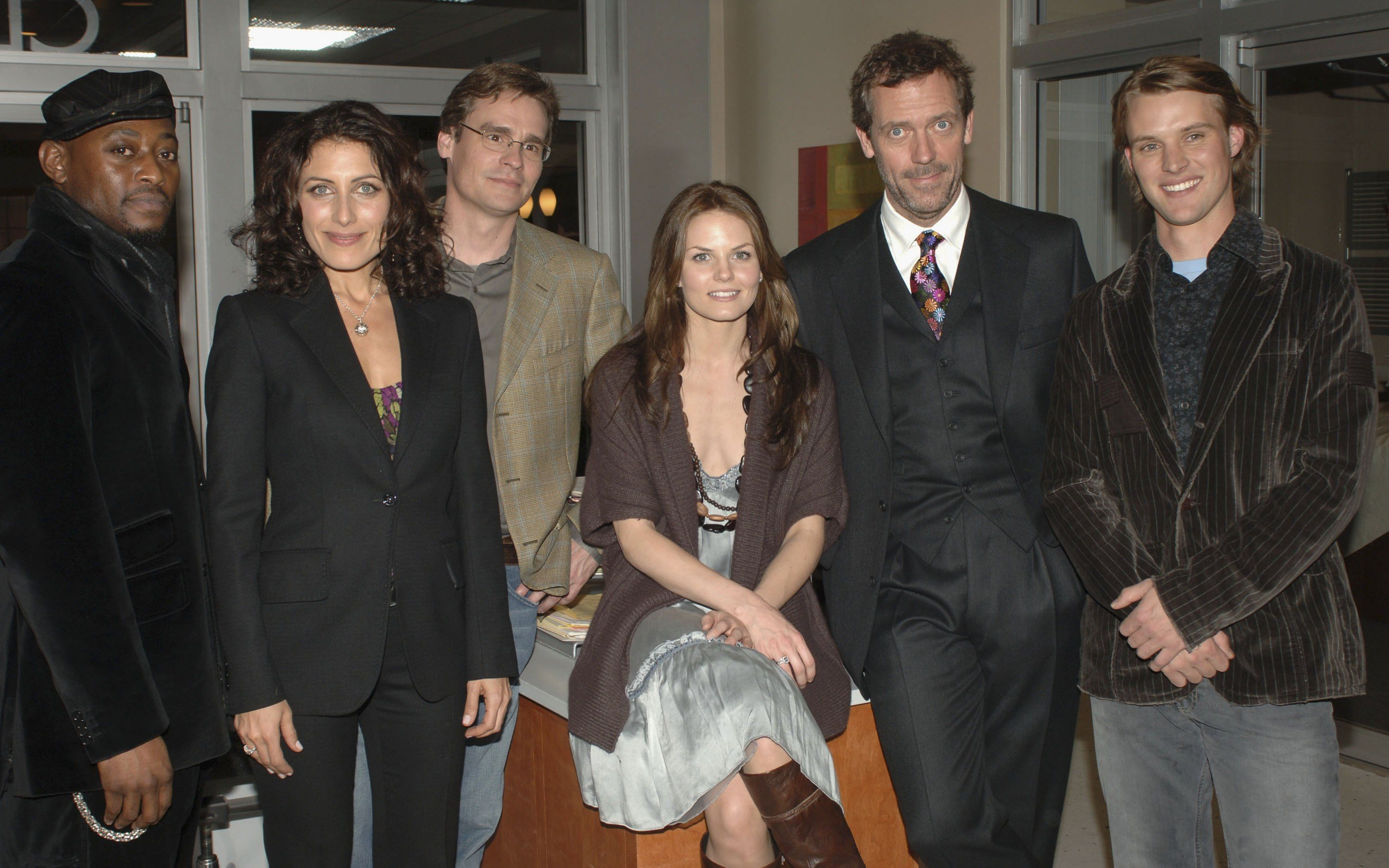 """Omar Epps, Lisa Edelstein, Robert Sean Leonard, Jennifer Morrison, Hugh Laurie and Jesse Spencer attend the """"House"""" TCA Cocktail Party at Fox Studios on January 15, 2006, Los Angeles, California. 