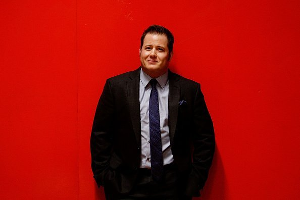 Chaz Bono poses backstage prior to speaking with Dr Elizabeth Riley as part of the 2014 Sydney Gay & Lesbian Mardi Gras at the Seymour Centre on February 26, 2014, in Sydney, Australia. | Source: Getty Images.