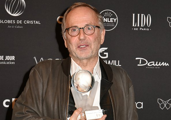Fabrice Luchini, assiste à la 11ème cérémonie des Globes de Cristal Awards au Lido à Paris, France. | Photo : Getty Images