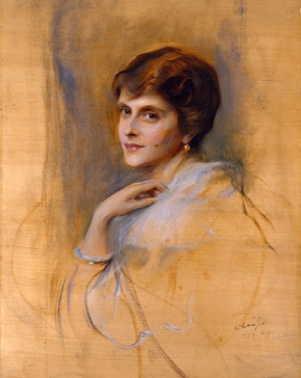 Princess Andrew of Greece and Denmark by Philip de László, 1922 I Image: Wikimedia Commons
