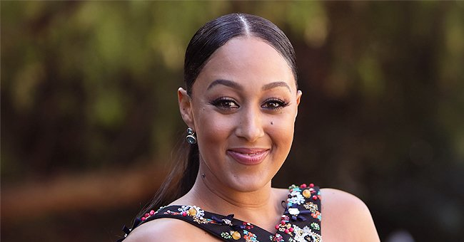 Watch Tamera Mowry's Kids Aden and Ariah's Reaction to Her Hugging Them in the #Cuddlechallenge