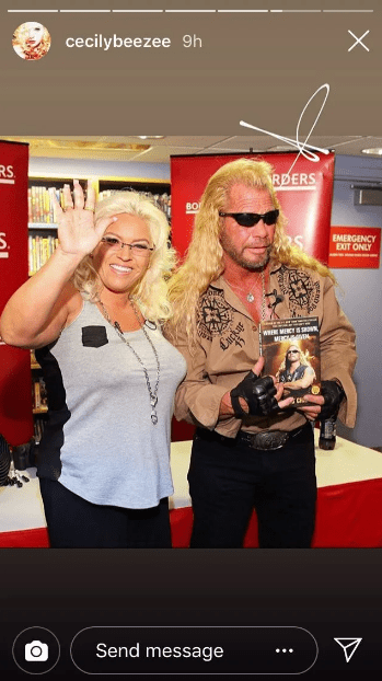 Beth Chapman and Duane Chapman smiling at what appeared to be a book signing event | Photo: Instagram/cecilybeezee