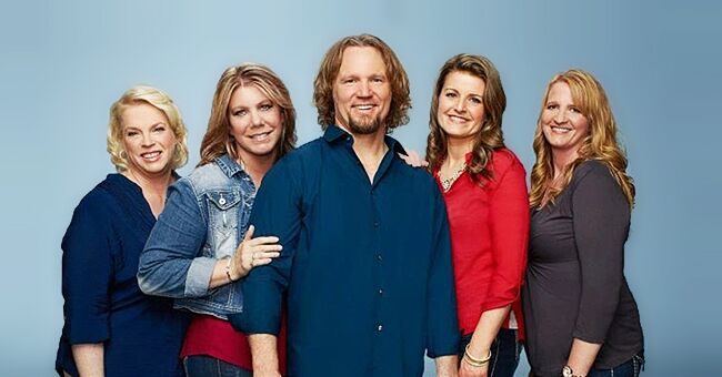 Kody Brown Poses in Rare Photo with 'Sister Wives' Stars  Christine, Meri, Robyn and Janelle