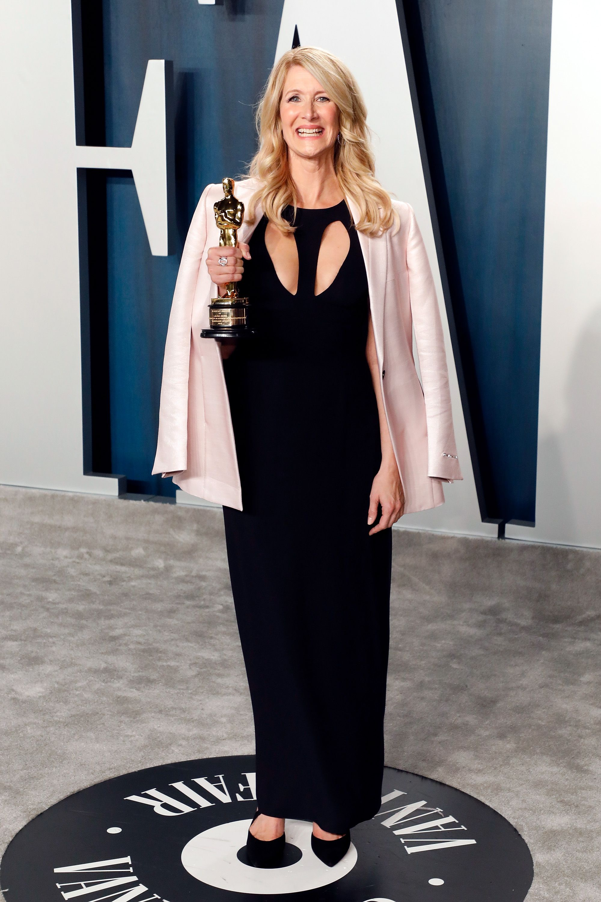 Laura Dern during the Vanity Fair Oscar Party at Wallis Annenberg Center for the Performing Arts on February 09, 2020 in Beverly Hills, California.   Source: Getty Images