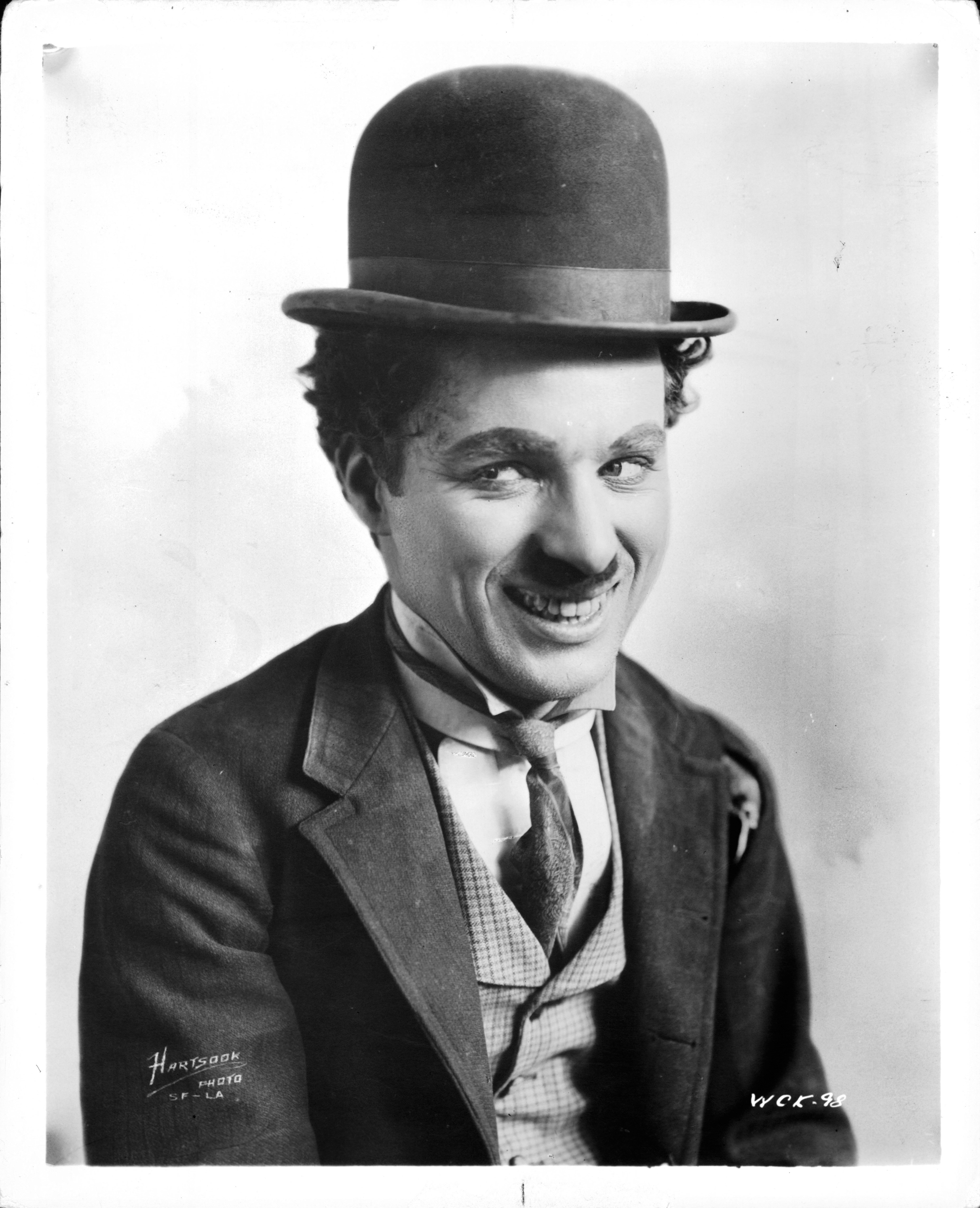 Charles Chaplin publicity portrait for the short 'A Night Out', 1915 |  Photo: GettyImages