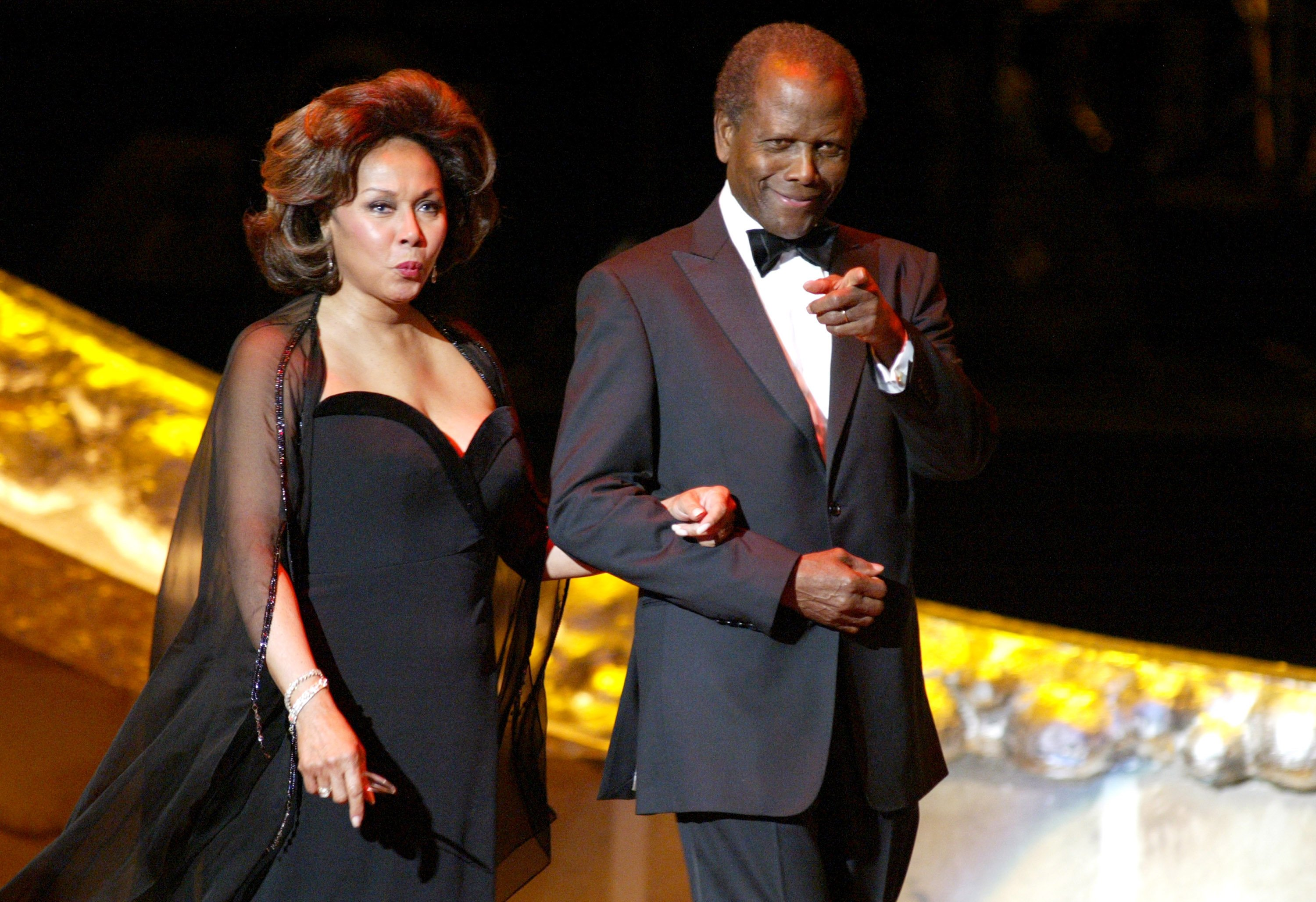 Diahann Carroll and Sidney Poitier at the 36th Annual NAACP Image Awards on March 19, 2005 | Photo: Getty Images