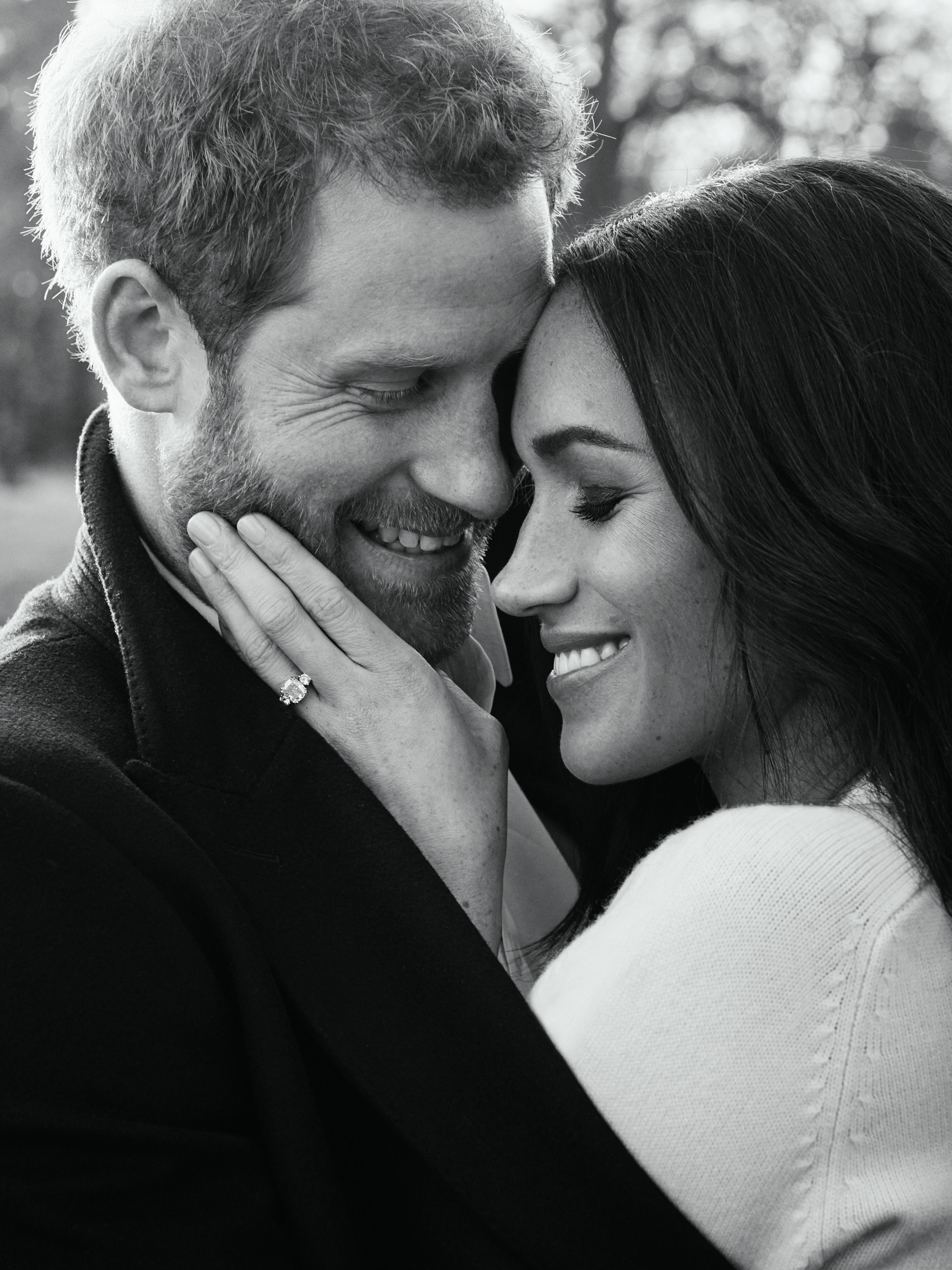 Prince Harry and Meghan Markle's official engagement photo November 2017 | Source: Getty Images