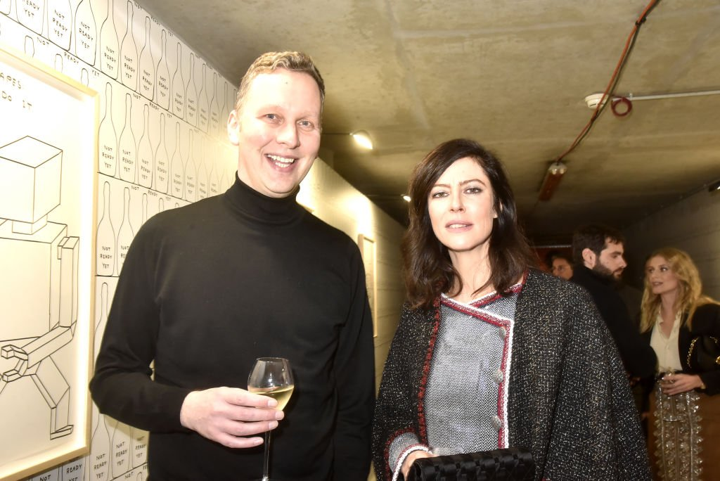 David Shrigley et Anna Mouglalis à l'Opéra Bastille le 05 mars 2020 à Paris, France. | Photo : Getty Images.