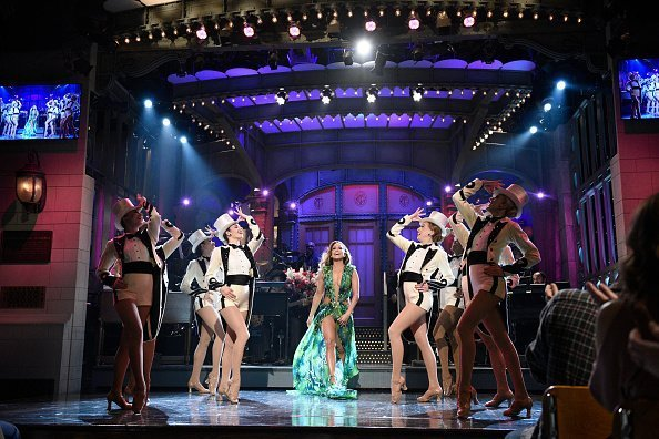 Jennifer Lopez with The Rockettes during the Monologue on Saturday Night Live | Photo: Getty Images