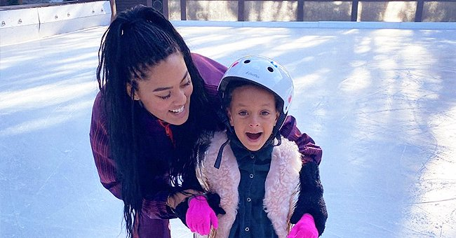Ayesha Curry Hopes to Get 'Mom Award' as She Takes Her Daughter Skating