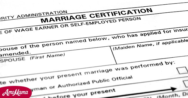 The marriage certificate | Source: Shutterstock